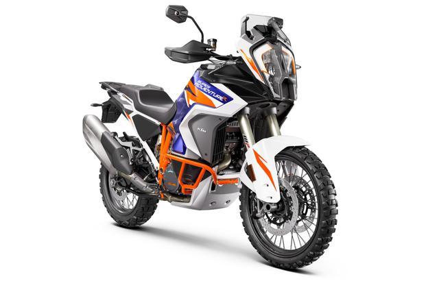 画像: KTM 1290 SUPER ADVENTURE R エンジン形式:水冷4ストDOHC4バルブV型2気筒 シート高:880mm 車両重量:約228kg(燃料除く) 発売日:2021年5月予定 メーカー希望小売価格:税込259万円