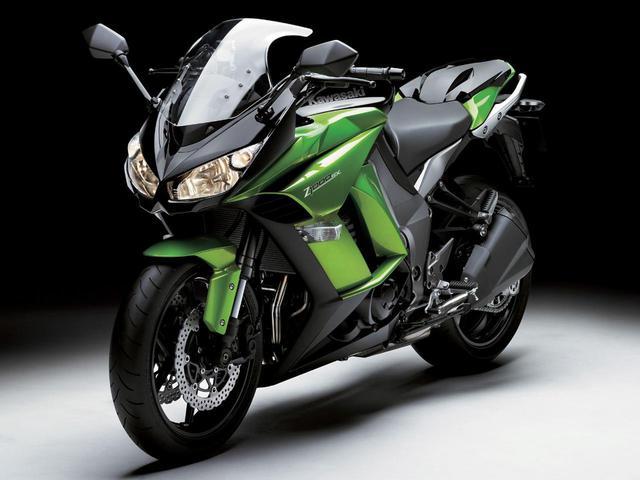 画像: 初代  2011年型〜2013年型 Z1000をベースに誕生したツアラーモデルのリッターNinja