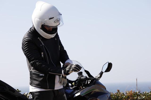 画像1: アライヘルメットが新型フルフェイス「アストロGX」を発表! ツーリングライダーのための機能や快適性を追求【2021速報】