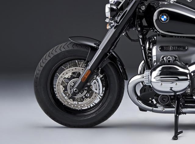 画像1: BMW「R18クラシック」概要