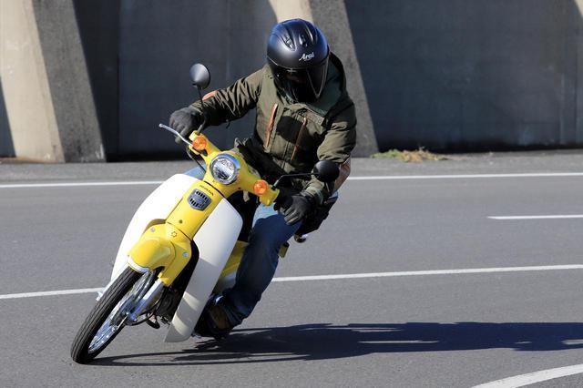画像2: 街中を普通に走る速度がスーパーカブ110の楽しい速度