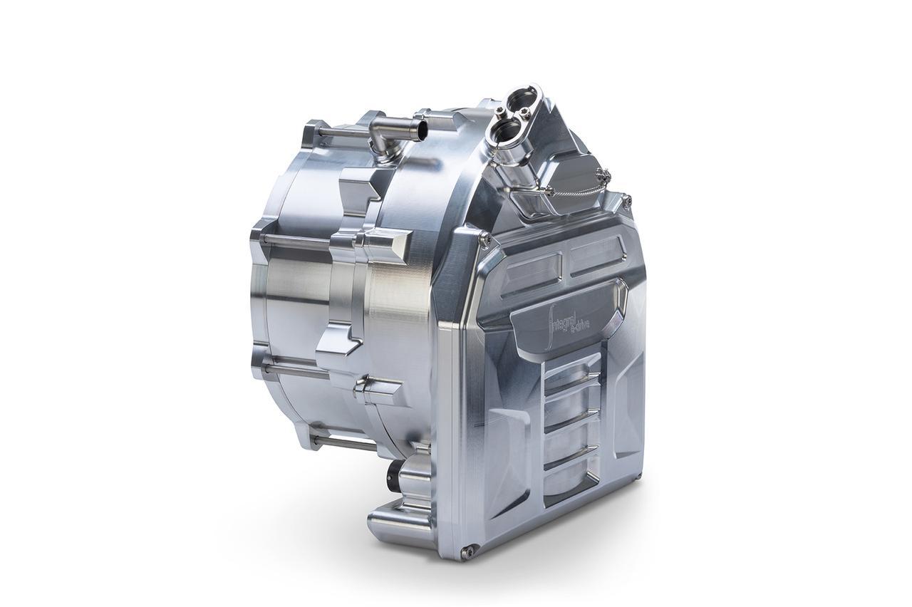 画像: インテグラル・パワートレインの手がけたパワーユニット。モーターとインバーターを一体化する独自の構造を採用。最高出力130kw(約180hp)を発揮しながら、重量は僅か10kgと非常に軽量。