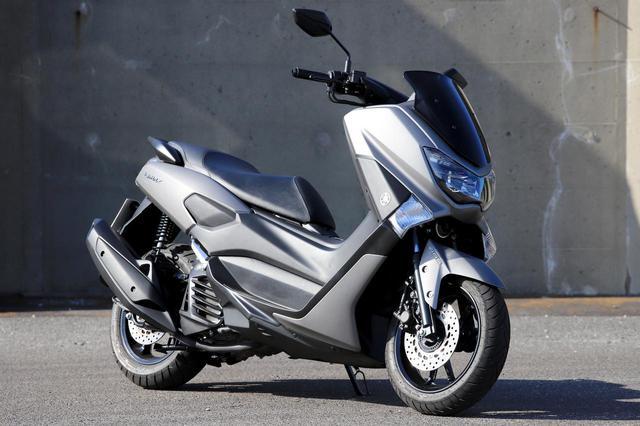 画像: YAMAHA NMAX155 総排気量:155cc エンジン形式:水冷4ストSOHC4バルブ単気筒 シート高:765mm 車両重量:128kg メーカー希望小売価格:税込38万5000円