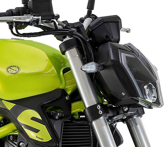 画像: ベネリ「TNT249S」の日本での正規販売が決定! ヨーロピアンデザインの水冷2気筒250ccネイキッドバイク - webオートバイ