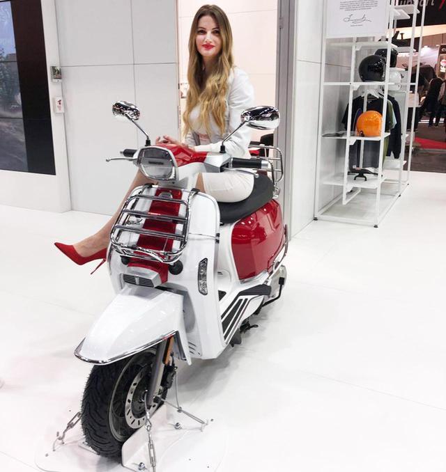 画像: ランブレッタはオプションパーツもおしゃれ! ミラノで発表されたアイテムをチェック、さらにV-Specialシリーズに新色も登場 - webオートバイ