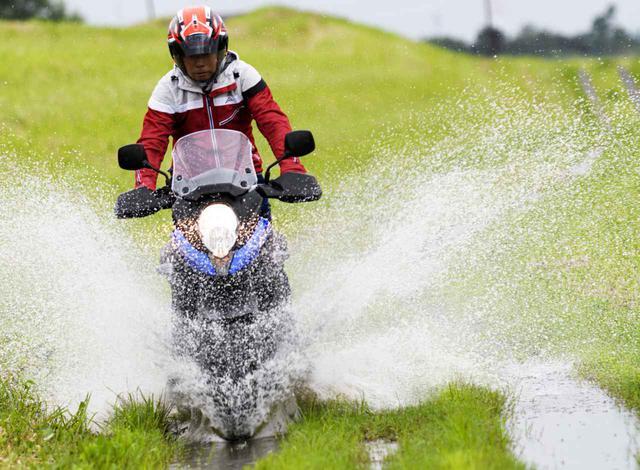 画像: スズキ「Vストローム650XT」街乗り&ツーリング・インプレ - webオートバイ