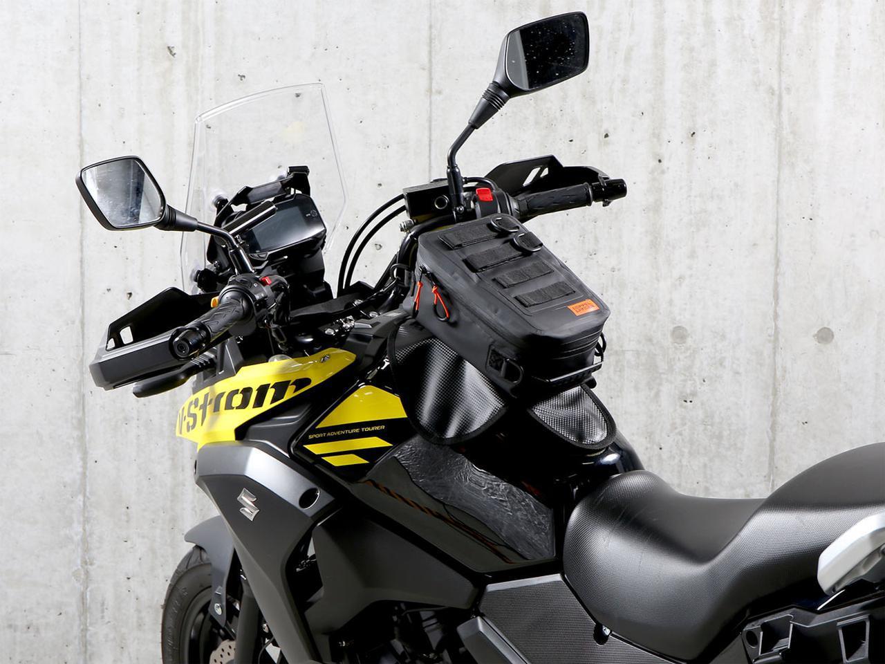 画像: 防水設計で着脱も簡単なタンクバッグ! マグネットタイプの「ターポリンタンクバッグ タクティクス」をドッペルギャンガーが発売 - webオートバイ
