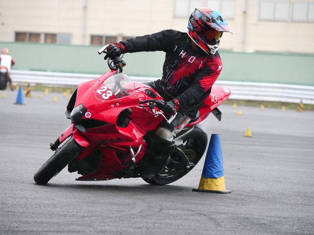 画像: ●A級2位・中澤伸彦選手&GSX-R1000    1分50秒238