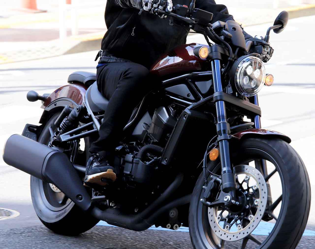 画像: ホンダ「レブル1100DCT」お散歩インプレ リッターバイクなのに街乗りもラク? レブル250と通ずる部分を発見!(2021年) - webオートバイ