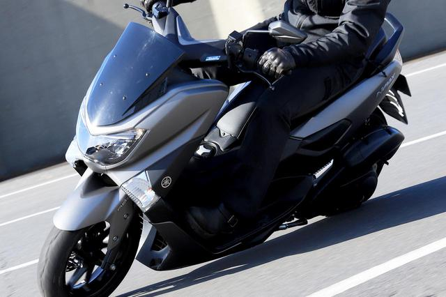 画像: ヤマハ「NMAX155」通勤インプレ(2021年)原付二種にはない155ccならではの魅力、燃費と使い勝手もレビュー - webオートバイ