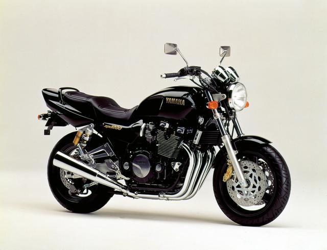 画像1: ヤマハ「XJR1200」「XJR1300」を解説! ワイルド&ダイナミックのコンセプトで登場した空冷4気筒ビッグネイキッド【バイクの歴史】