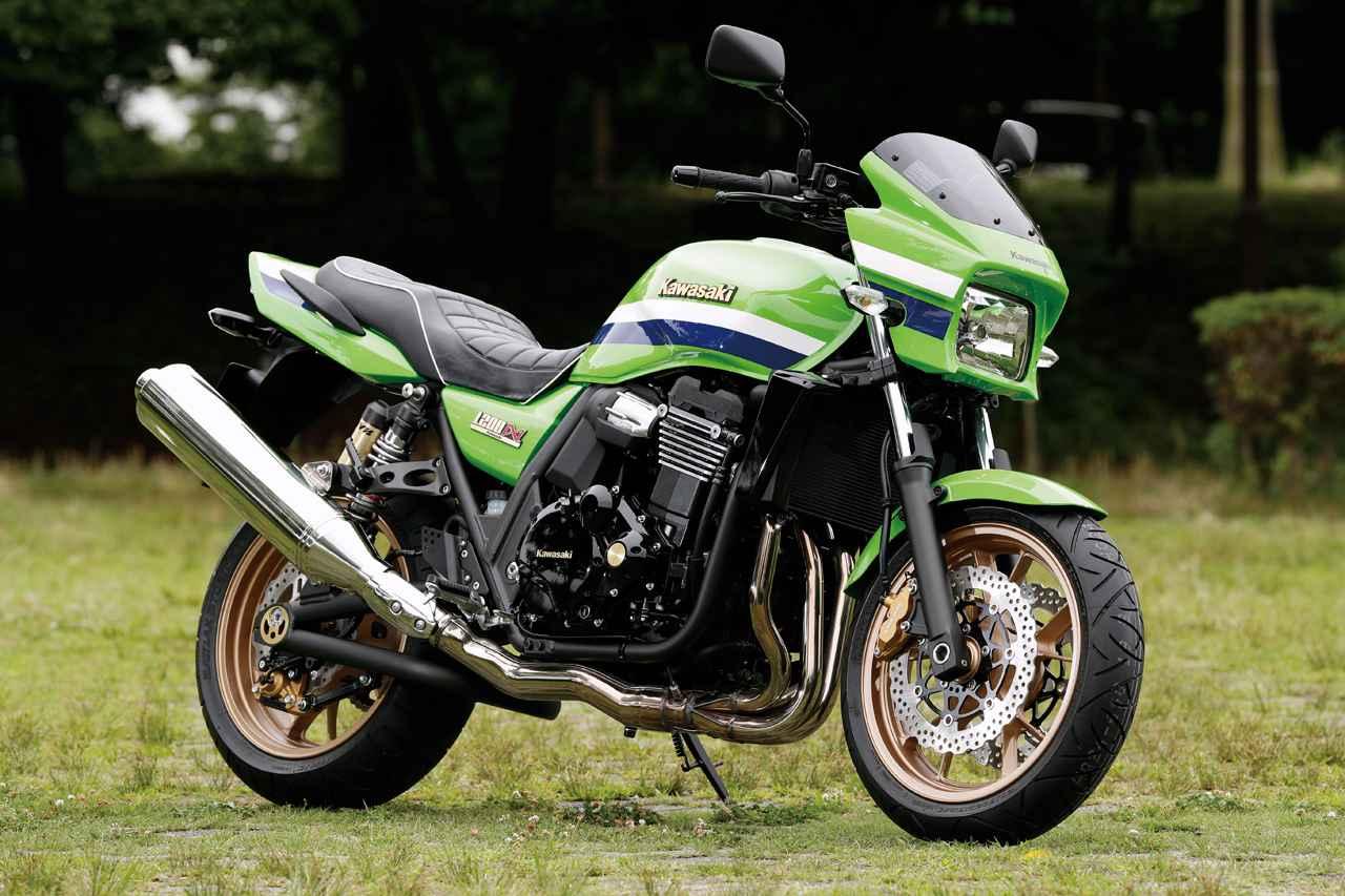 画像: Kawasaki ZRX1200 DAEG FINAL EDITION エンジン形式:水冷4ストローク・DOHC4バルブ並列4気筒 内径×行程(総排気量):73.5×62.6㎜(1164cc) 最高出力:110PS/8000rpm 最大トルク:10.9kg-m/6000rpm ミッション:6速リターン ブレーキ前・後:ダブルディスク・ディスク 全長×全幅×全高:2150×770×1155mm タイヤサイズ 前・後:120/70ZR17・180/55ZR17 燃料タンク容量:18L ホイールベース:1495mm 総重量:246kg 当時の発売価格:120万円4000円 ※諸元は2016年モデル