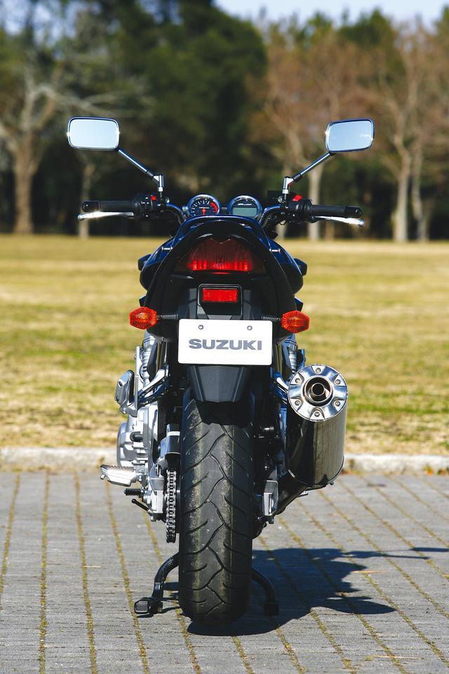 画像3: スズキ「バンディット1250/S」を解説! 専用の水冷エンジンを搭載し欧州の速度レンジにも対応した大型ネイキッド【絶版バイク紹介】