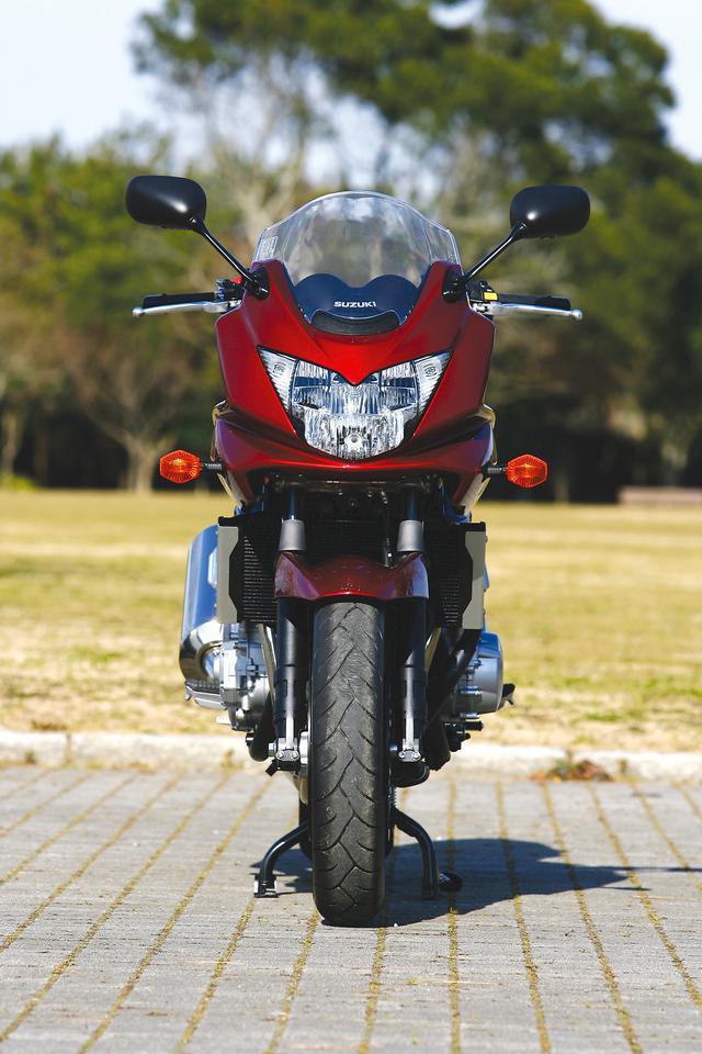 画像2: スズキ「バンディット1250/S」を解説! 専用の水冷エンジンを搭載し欧州の速度レンジにも対応した大型ネイキッド【絶版バイク紹介】