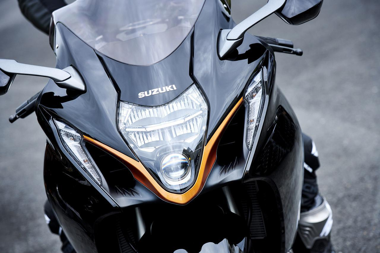 【隼】スズキ新型「ハヤブサ」のエンジンを解説! 磨き抜かれた1340cc 4気筒エンジンは、トルクの谷を解消し加速性能をアップ
