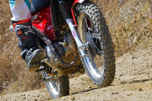 画像1: ブロックタイヤは、履いて良し、見た目も良しの万能タイヤ。