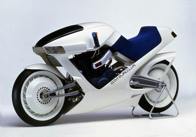 画像6: バイクの駆動方法「シャフトドライブ」を特集で解説!『ミスター・バイクBG』2021年5月号好評発売中