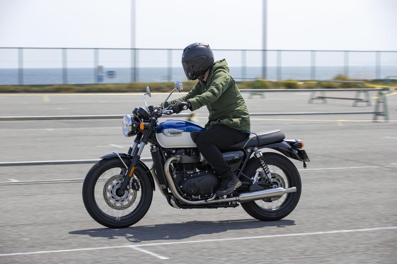 Images : 18番目の画像 - 【写真をもっと見る】トライアンフ新型「ボンネビルT100」(18枚) - webオートバイ