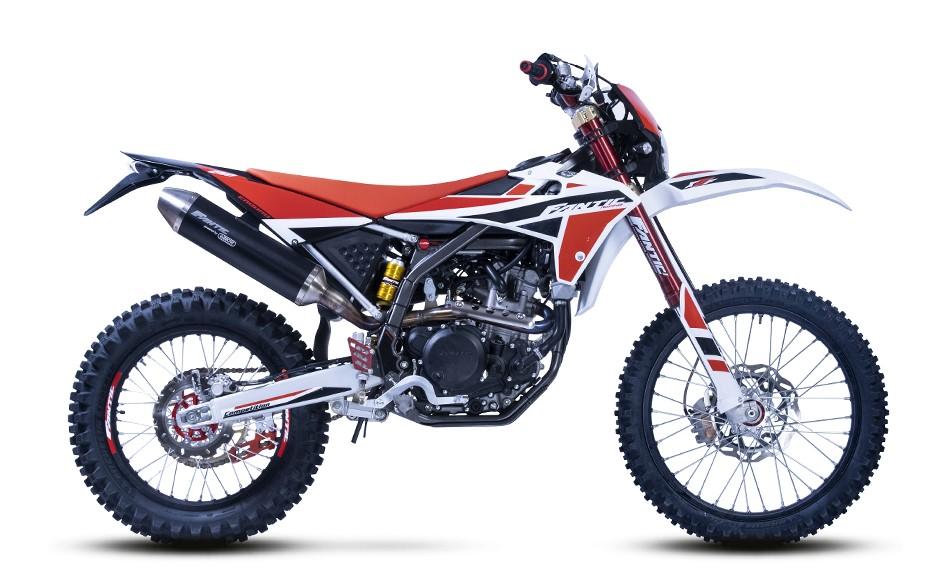 画像: FANTIC XEF250 総排気量:249.6cc エンジン形式:水冷4ストSOHC4バルブ単気筒 メーカー希望小売価格:税込99万円