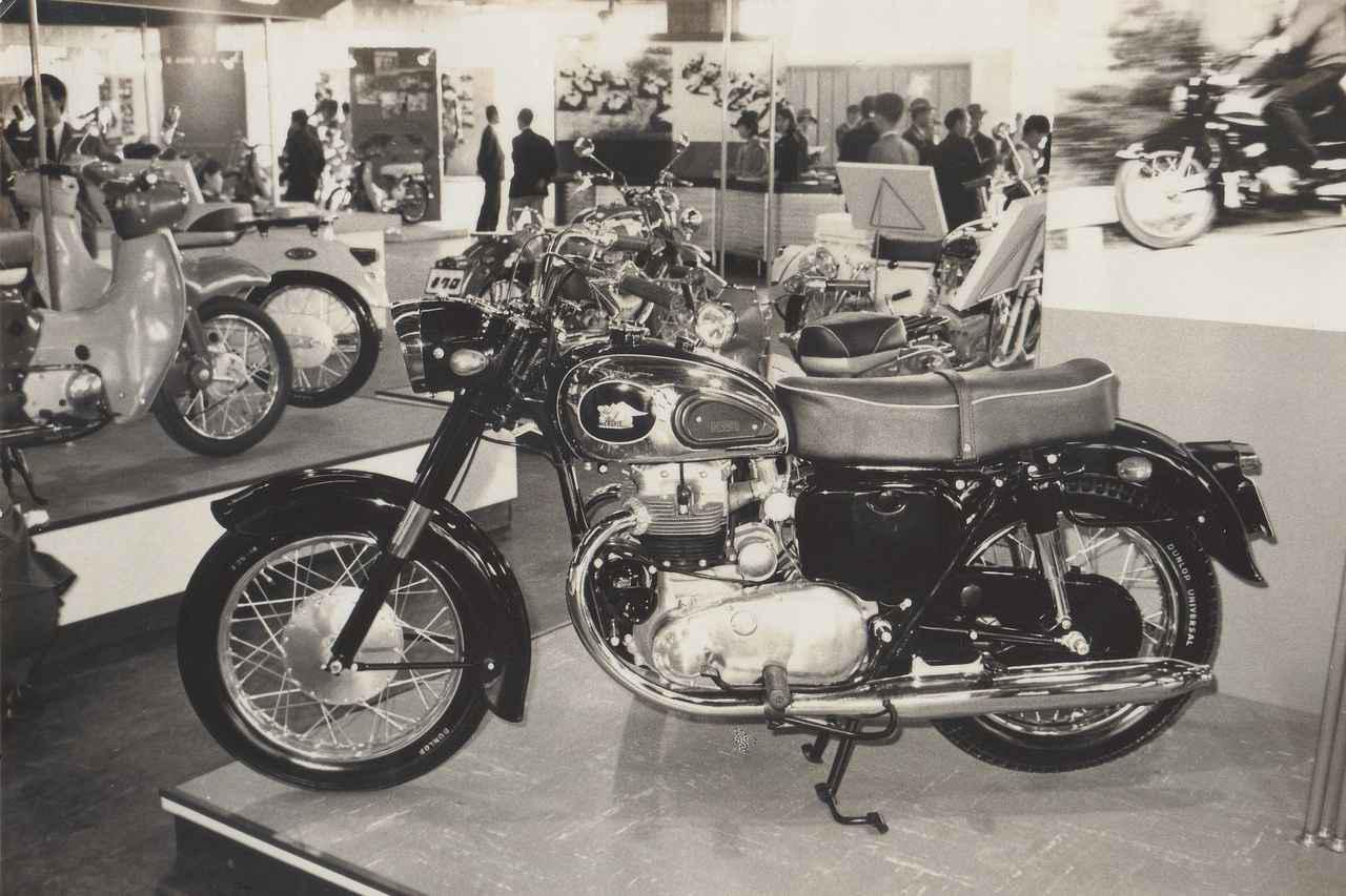 画像: 1962年(昭和37年)の第9回全日本自動車ショーに出展されたメグロ・スタミナK。メーカー名がまだ「目黒製作所」となっている最後の年だ。