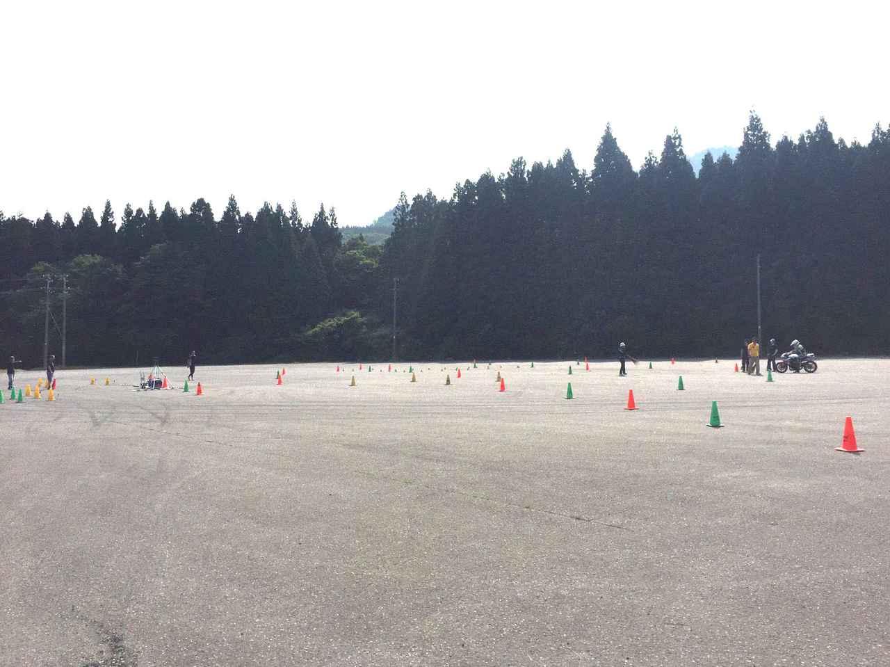 Images : 7番目の画像 - 「<ジムカーナ>初心者歓迎!5月~6月の大会・練習会のスケジュール&新潟でジムカーナの練習ってできるんですか?」のアルバム - webオートバイ