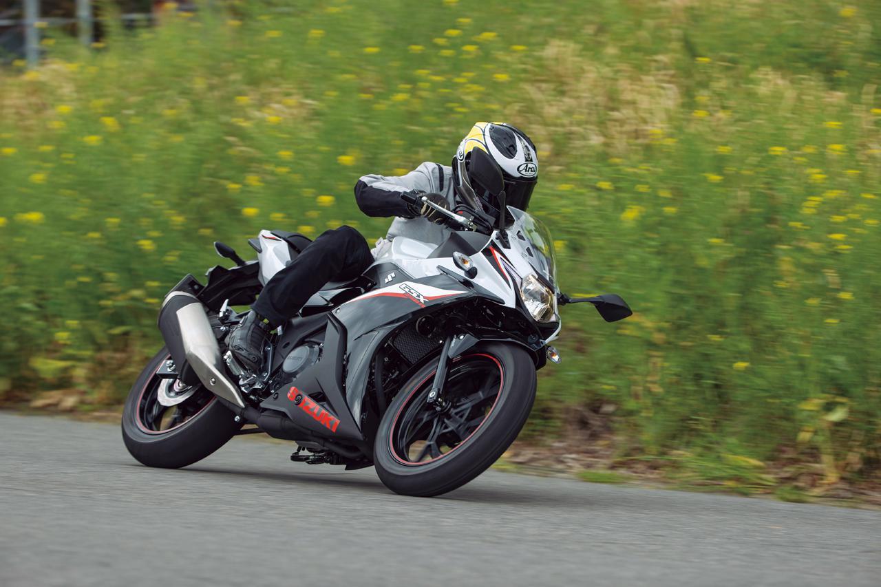 画像2: スズキ「GSX250R ABS」インプレ(2021年)扱いやすさ抜群! 街乗りもツーリングも楽しめるフルカウル250ccスポーツ