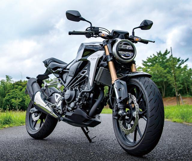 画像: Honda CB250R 総排気量:249cc エンジン形式:水冷4ストDOHC4バルブ単気筒 シート高:795mm 車両重量:144kg メーカー希望小売価格:税込56万4300円