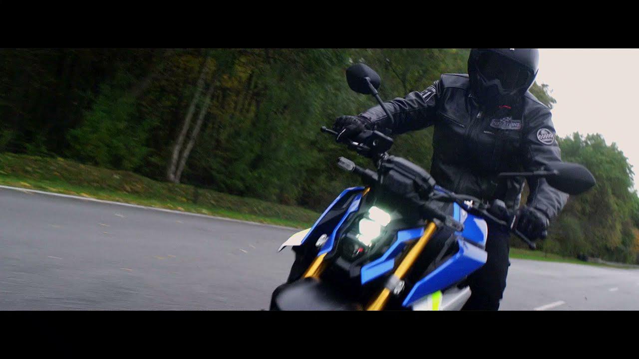 画像: 2021 Suzuki GSX-S1000 official promotional video www.youtube.com