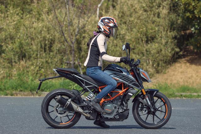 画像15: KTM「250 DUKE」インプレ(2021年)ビギナーライダーも楽しめる輸入車! 日本車とは異なるスポーツテイストが持ち味