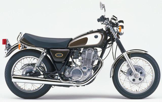 画像: 1997年モデルからはカラーリングのみ変更が続いたSR。しかし、実はこのモデルで1985年から15年もの長きに渡って採用されていたドラムブレーキ仕様が最終となった。発売当時価格:42万5000円