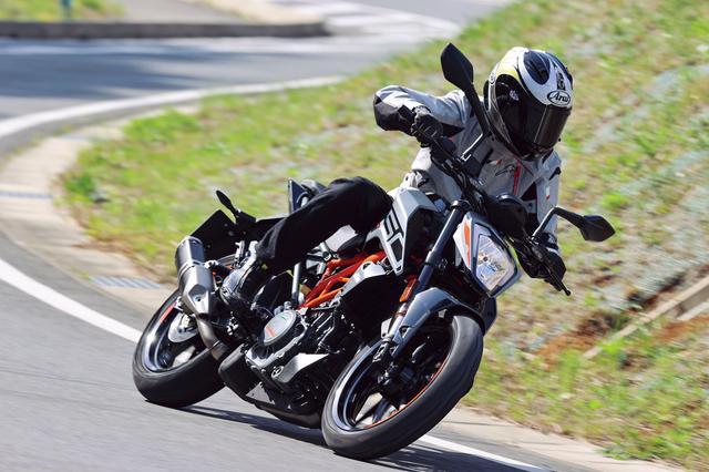 画像2: KTM「250 DUKE」インプレ(2021年)ビギナーライダーも楽しめる輸入車! 日本車とは異なるスポーツテイストが持ち味