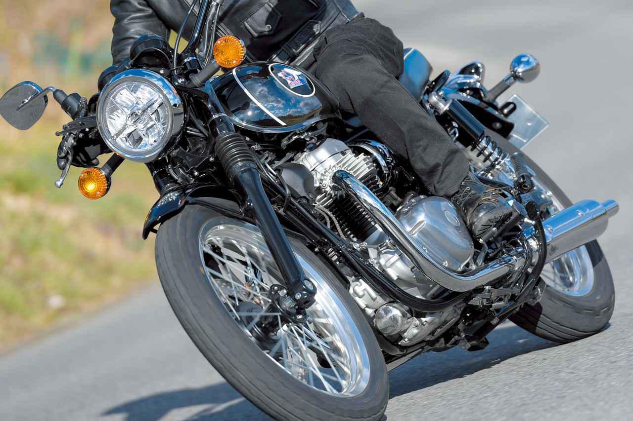 画像: 【インプレ】カワサキ「メグロ K3」インプレ|W800との乗り心地のちがい・高速巡航性能・足つき・タンデムまで総合解説 - webオートバイ