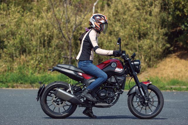 画像14: ベネリ「レオンチーノ250」インプレ(2021年)高速道路走行も余裕あり、様々なシーンを楽しめる250ccスポーツバイクが日本上陸