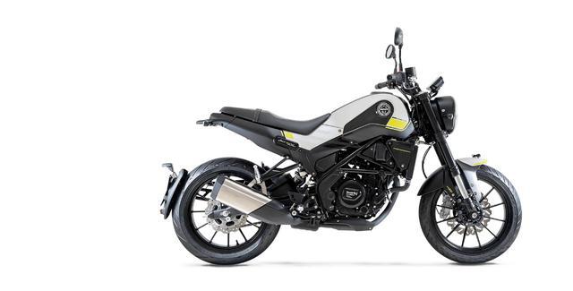 画像7: ベネリ「レオンチーノ250」インプレ(2021年)高速道路走行も余裕あり、様々なシーンを楽しめる250ccスポーツバイクが日本上陸