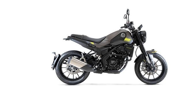 画像9: ベネリ「レオンチーノ250」インプレ(2021年)高速道路走行も余裕あり、様々なシーンを楽しめる250ccスポーツバイクが日本上陸