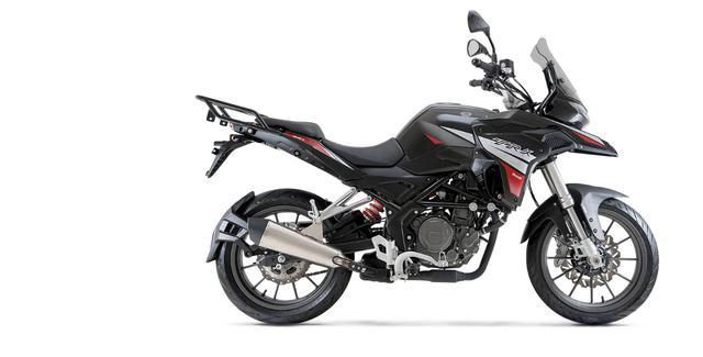 画像5: ベネリ「TRK251」インプレ(2021年)250ccで長距離ツーリングを楽しみたいライダーの新たな選択肢となるか、価格・燃費に注目