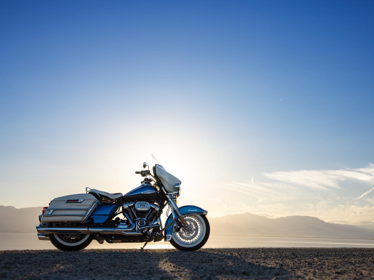 Images : 3番目の画像 - 【写真16枚】ハーレーダビッドソン「エレクトラグライド リバイバル」 - webオートバイ