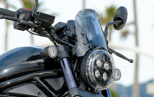 画像: デイトナ エアロバイザーキット/税込1万6500円 ポリカーボネイト製のバイザー。クリアとスモークの2種類が選べる。