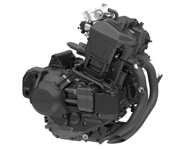 画像: アフリカツイン用ベースのユニカム4バルブユニットを搭載。コンパクトなサイズで、レブルにぴったりのユニットだ。