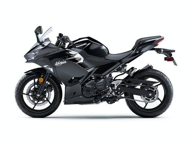 画像: 【写真14枚】カワサキ「Ninja 400」シリーズ(2021年モデル) - webオートバイ