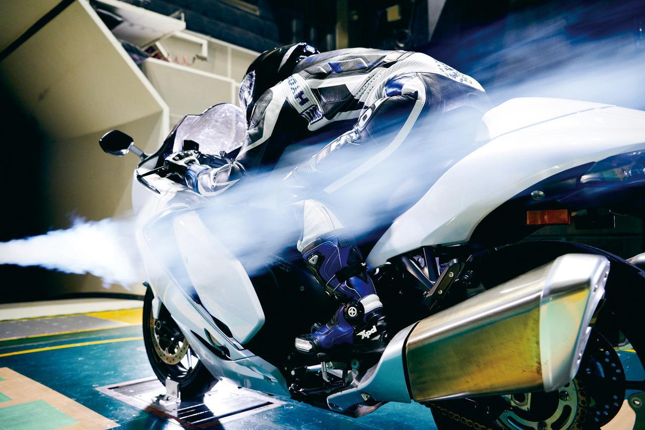 画像: 風洞実験を重ねて仕上げられたエアロフォルム。パワーを有効に使うため、徹底した空気の整流が図られている。