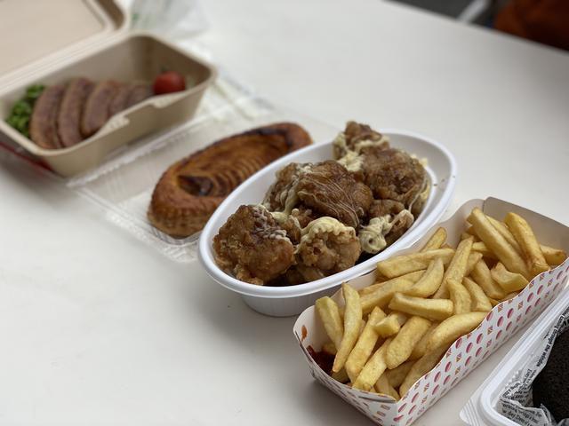 画像: お昼ごはん。