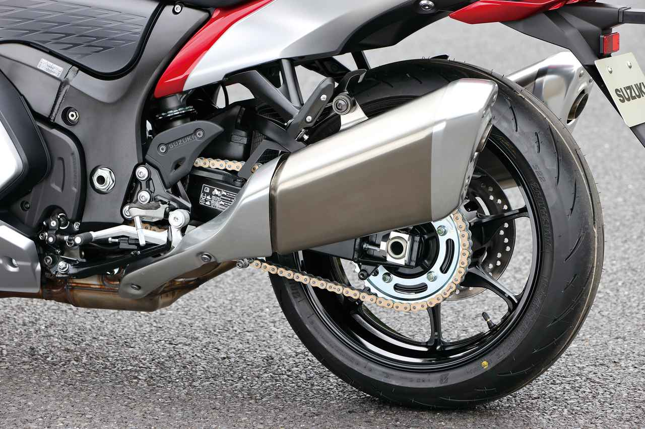 Images : 9番目の画像 - 【撮りおろし写真9枚】スズキ新型「ハヤブサ」 - webオートバイ