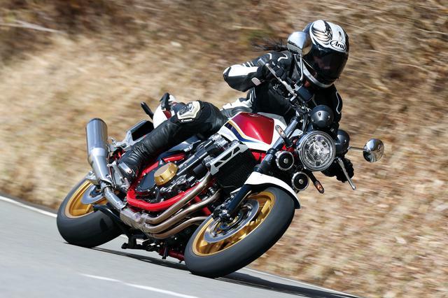 画像: Honda CB1300 SUPER FOUR 総排気量:1284cc エンジン形式:水冷4ストDOHC4バルブ並列4気筒 シート高:780mm 車両重量:266kg メーカー希望小売価格:税込156万2000円 発売日:2021年3月18日