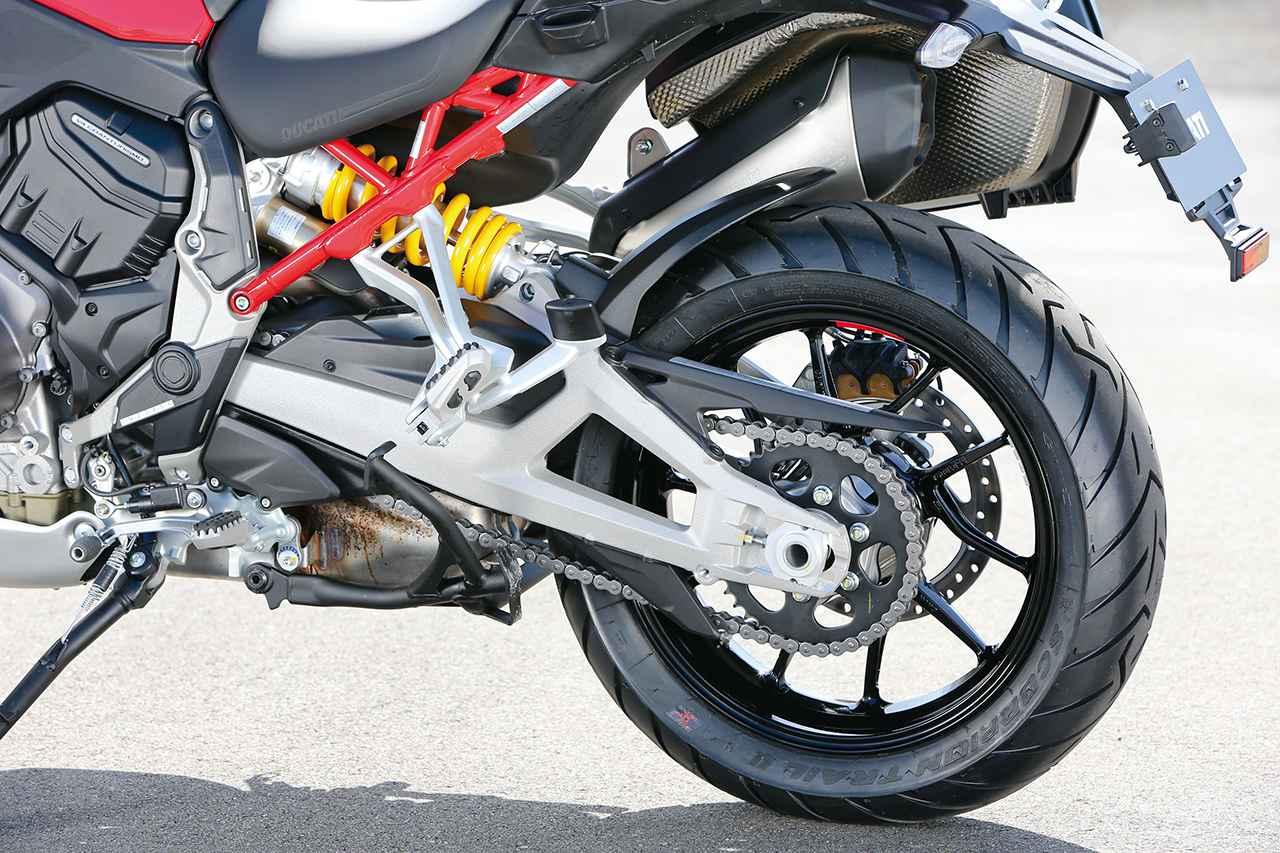 画像: 標準装着タイヤはピレリのスコーピオン・トレイル2。よりオフロード向けのスコーピオン・ラリーやスコーピオンSTRの装着にも対応。