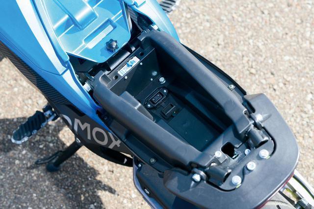 """画像5: 電動バイクは日本でも""""アシ""""になるのか? 5台の海外製モデルを乗り比べてみた【最新電動バイク解説】"""