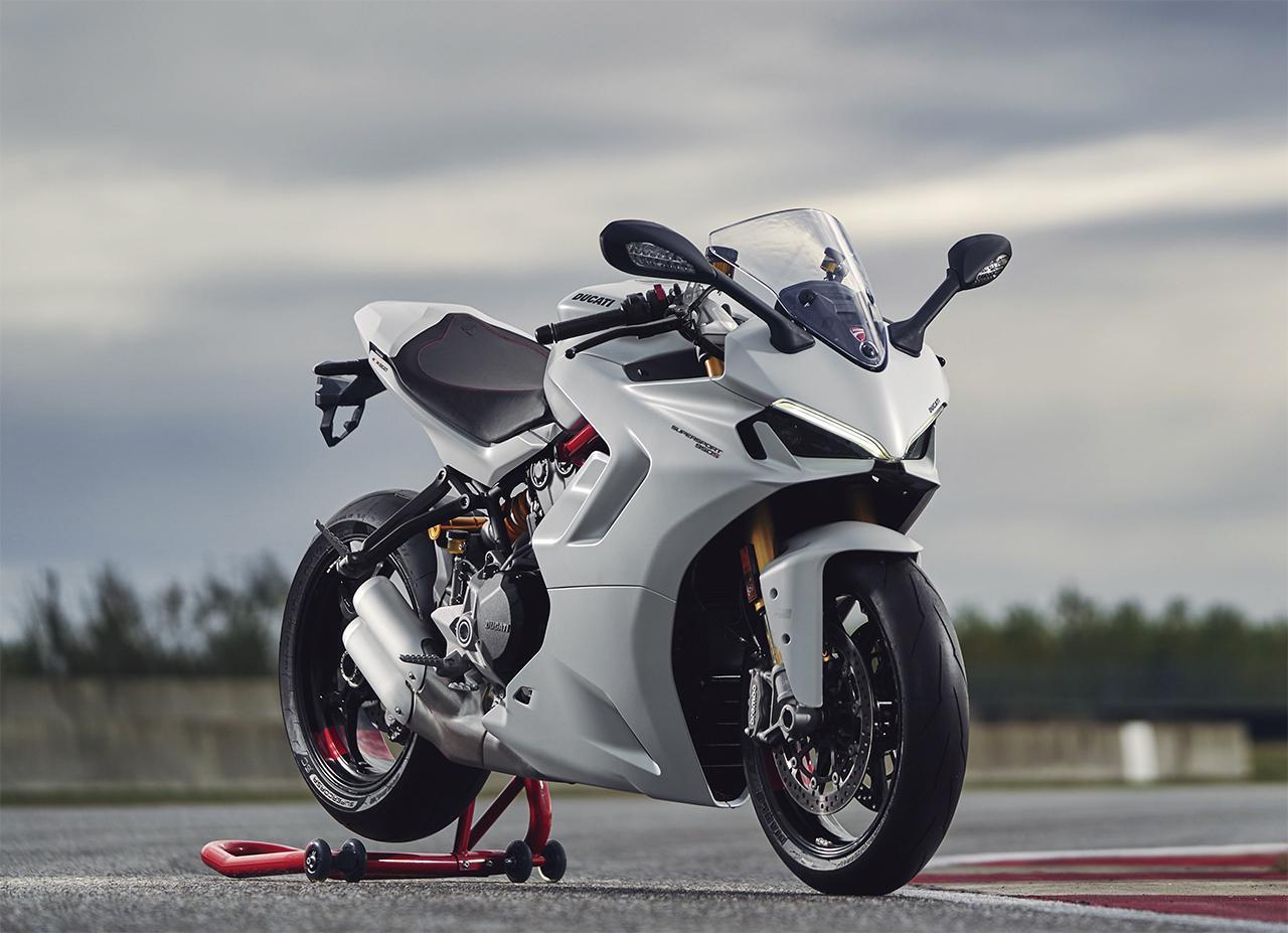 Images : 2番目の画像 - 【写真2枚】ドゥカティ「スーパースポーツ 950/950S」 - webオートバイ