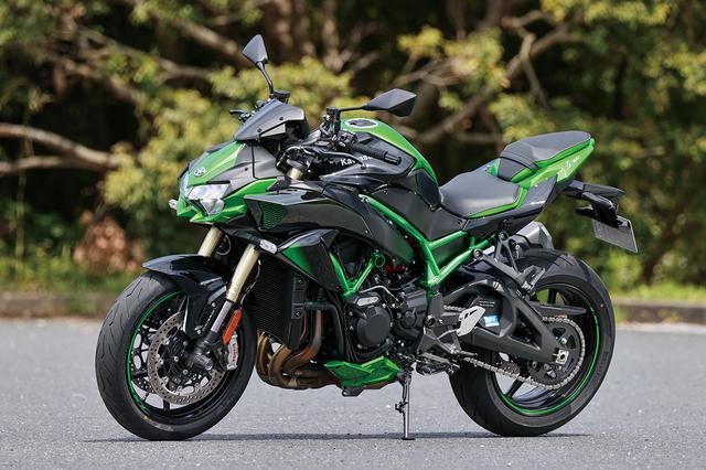 画像: Kawasaki Z H2 SE 総排気量:998cc エンジン形式:水冷4ストDOHC4バルブ並列4気筒 シート高:830mm 車両重量:241kg 発売日:2021年4月1日 税込価格:217万8000円