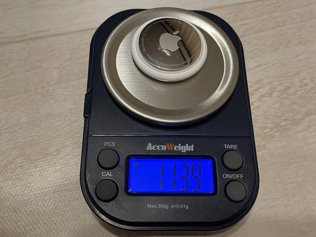 画像: 実測で11.39g。軽すぎて持ちにくいってほどではないし、重くもない。絶妙。