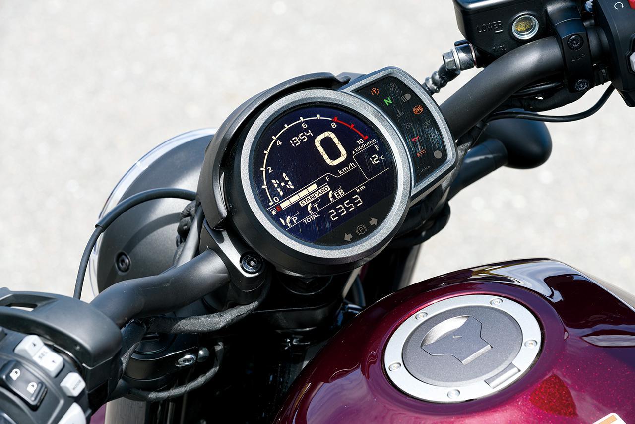 画像: 視認性に優れた反転液晶メーター。ライディングモードや外気温、燃料の量などを表示する。